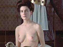 Naked celebrity Lara Flynn Boyle exposes breasts