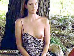 Celebrity Liv Tyler undresses in..
