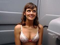Franky Shaw shows sexy bra clad..