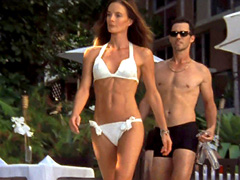Gabrielle Anwar bares her smoking hot body