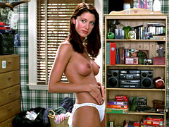 Shannon Elizabeth and her famous..