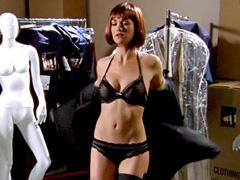 Yvonne Strahovski flaunts her wet sexy body in a black bikini