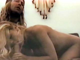 pamela-anderson-porno-kachestvo