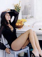 Penelope Cruz paparazzi topless and..