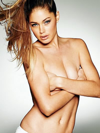 Doutzen Kroes looks staggering in sexy..