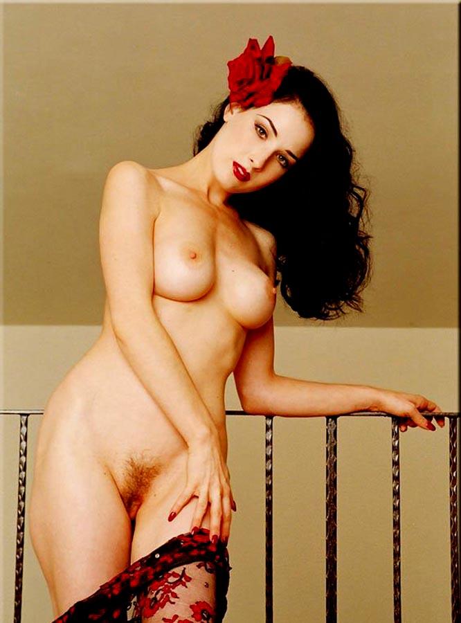 sexy naked nude nerdy girls