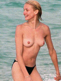 Cameron Diaz topless & hard nipples on..