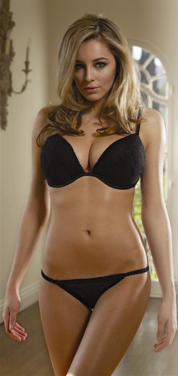Keeley Hazell Amazing Tits And Pretty Face