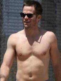 Chris Pine paparazzi topless shots