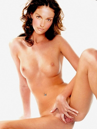 Ashley Judd loves to aerosphere hot cum..