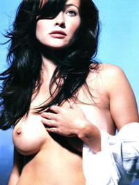Shannen Doherty paparazzi and nude photos