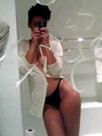 Rihanna scandalous nude shots