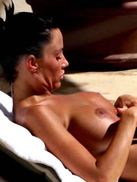 Katie Price naked big boobs gets some sun