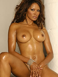 Traci Bingham naked with nice trimed..