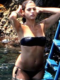 Eva Mendes sexy paparazzi bikini and..