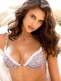 Irina Shayk sexy posing in hot lingeries