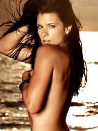 Danica Patrick shows her hot body in..