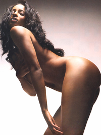 Ciara shows her amazing nude body