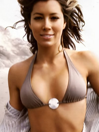 Jessica Biel paparazzi bikini shots and..