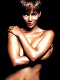 Halle Berry nude movie caps and sexy..