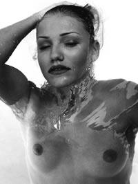 Cameron Diaz glamour topless photoshot