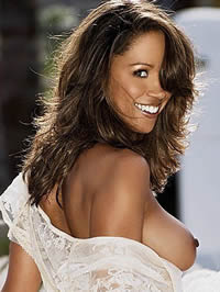 Stacey Dash shows her lovely boobs and..