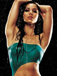 Roselyn Sanchez poses for sexy soaked..