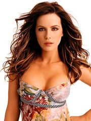 The glamorous Kate Beckinsale looks good.