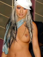 Naked Christina Aguilera has a great..