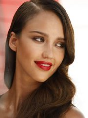 Gorgeous celebrity Jessica Alba darkest..