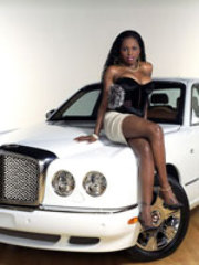 Foxy Brown shows why she is a foxy babe..