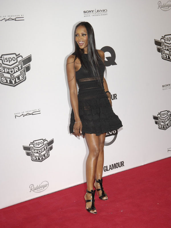 Sey Pics Of Naomi Campbell On The Catwalk And Red Carpet