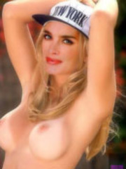 Brooke Shields showing us that she..