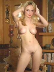 Heather Graham naked exposing her body..