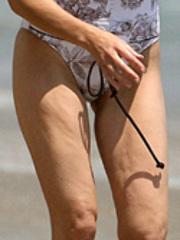 Hot celebrity Heather Locklear looks..