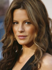 Gorgeous hot Kate Beckinsale is..