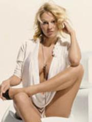Hot Pamela Anderson rides a huge cock..
