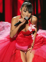 Sultry Asian Bai Ling likes baring the..