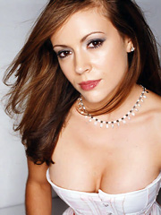Celebrity Alyssa Milano naked pics, oops!