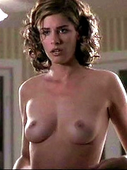 Celeb Amanda Peet nude pictures.