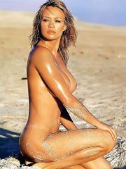 Celeb Anna Falchi naked pics, oops!