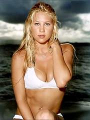 Celeb Anna Kournikova nude pictures.