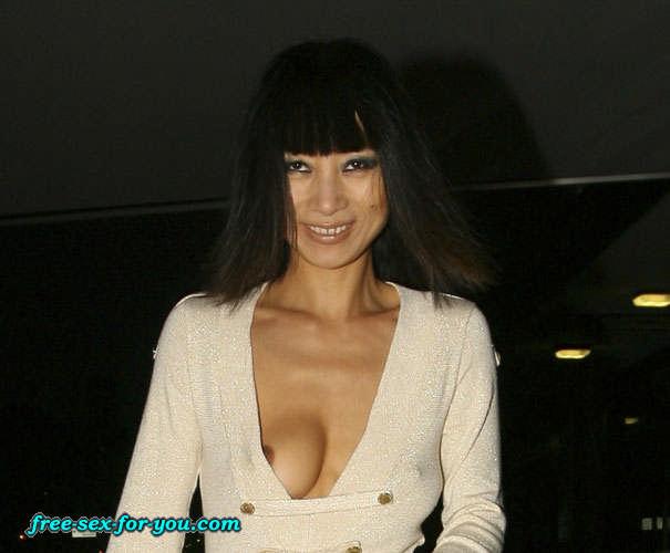 12. Последняя. Первая. Случайное обнажение груди и сосков актрисы Бэй Лин