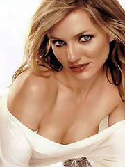 Celeb Cameron Diaz denuded pics, oops!