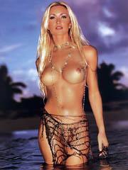 Celeb Caprice Bourret sex photos.