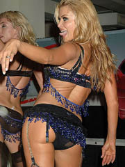 Carmen Electra hot dancing and stripping