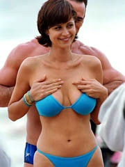 Celeb Catherine Bell naked pics, oops!
