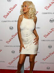 Christina Aguilera sexy milf in short..