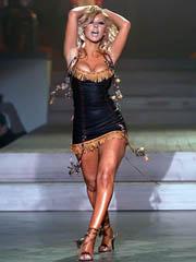 Celeb Christina Aguilera naked pics,..