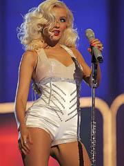 Christina Aguilera hot perform in a..